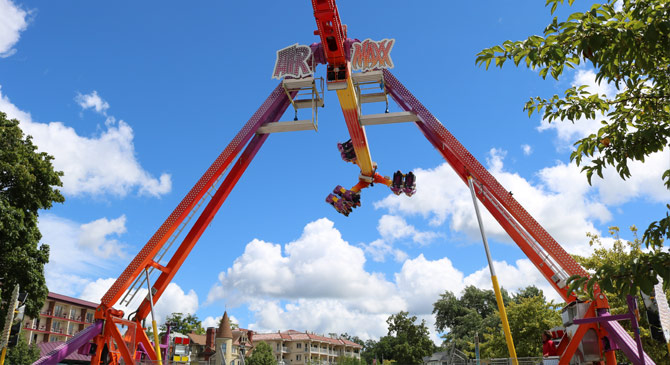 Mr  Ed's Magical Midways - Wisconsin Carnival Provider to Fairs